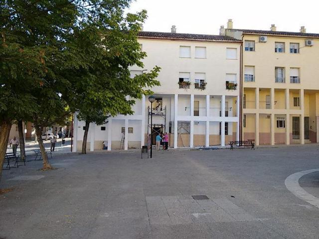 Piso en venta en Lucena, Córdoba, Calle Antequera, 33.661 €, 4 habitaciones, 2 baños, 94 m2