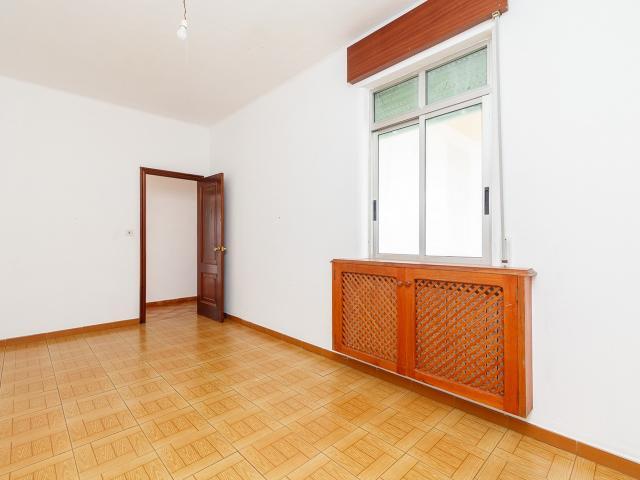 Piso en venta en Piso en Tomiño, Pontevedra, 116.600 €, 3 habitaciones, 2 baños, 274 m2