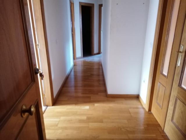 Piso en venta en Piso en Almazán, Soria, 96.700 €, 4 habitaciones, 2 baños, 122 m2