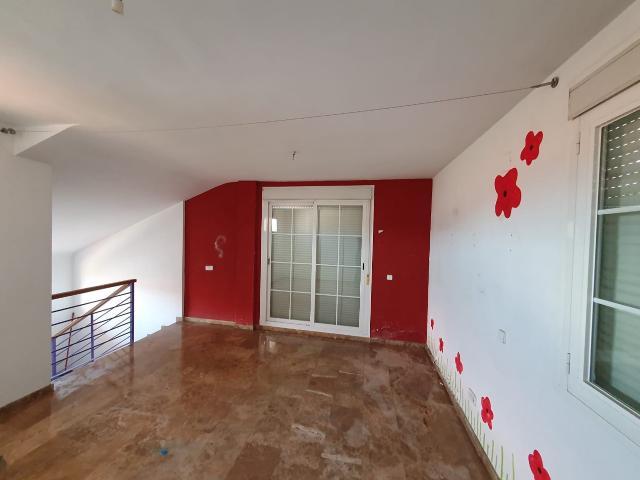 Piso en venta en Piso en Armilla, Granada, 285.000 €, 4 habitaciones, 3 baños, 252 m2