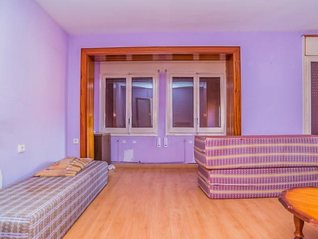 Piso en venta en Piso en Tortosa, Tarragona, 67.100 €, 4 habitaciones, 1 baño, 101 m2