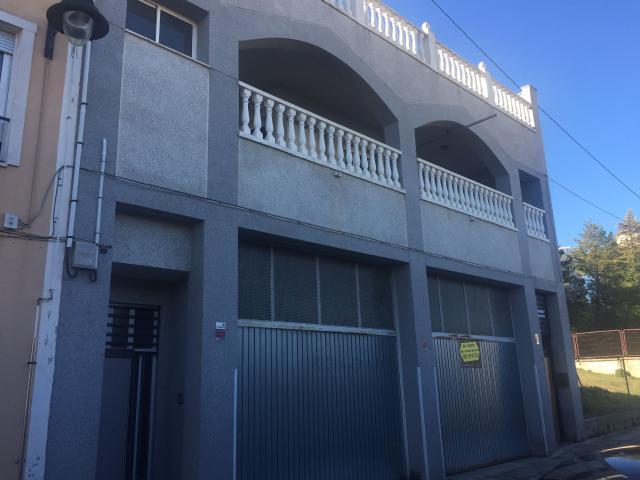 Casa en venta en Zona Alta, Alcoy/alcoi, Alicante, Calle Encaro, 243.800 €, 4 habitaciones, 3 baños, 448 m2