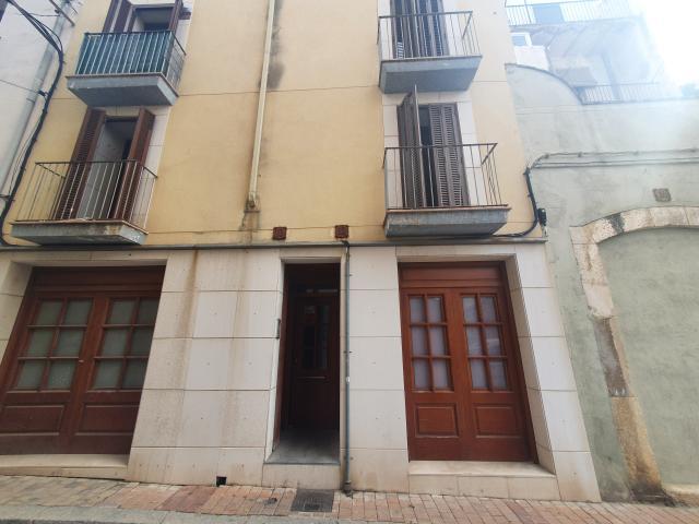 Piso en venta en Reus, Tarragona, Calle San Antoni, 38.000 €, 1 habitación, 1 baño, 40 m2