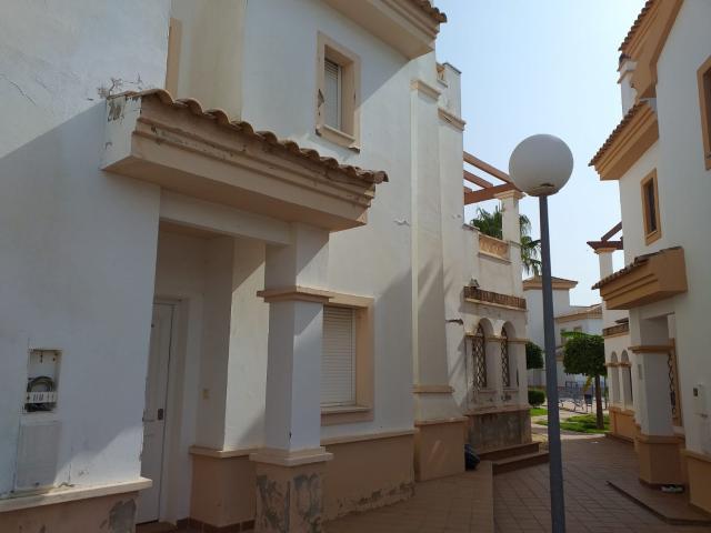 Casa en venta en Ayamonte, Huelva, Calle Medico Enrique González Mayboll, 185.000 €, 4 habitaciones, 2 baños, 164 m2
