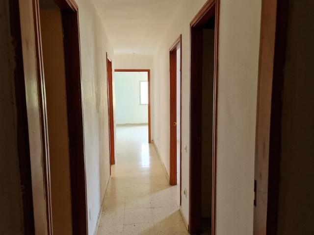 Piso en venta en Las Palmas de Gran Canaria, Las Palmas, Calle Manuel de Falla, 72.082 €, 3 habitaciones, 1 baño, 83 m2