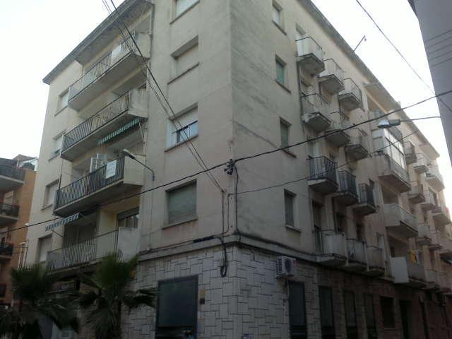 Piso en venta en Amposta, Tarragona, Calle Miquel Granell, 39.200 €, 3 habitaciones, 1 baño, 88 m2