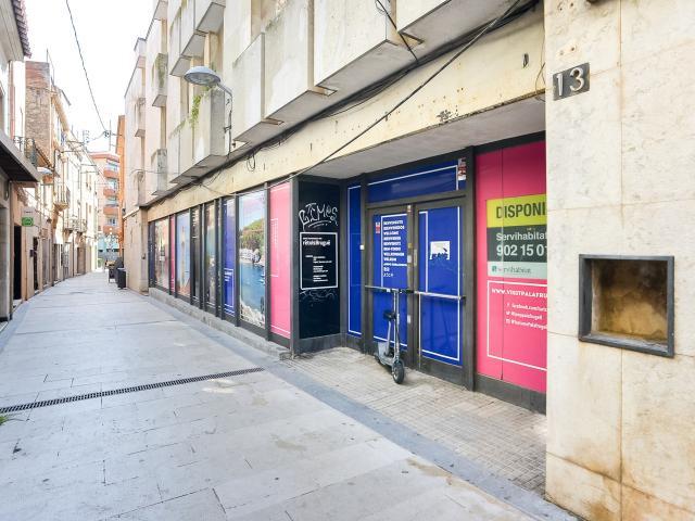 Local en venta en Palafrugell, Girona, Calle Sant Antoni, 209.500 €, 173 m2