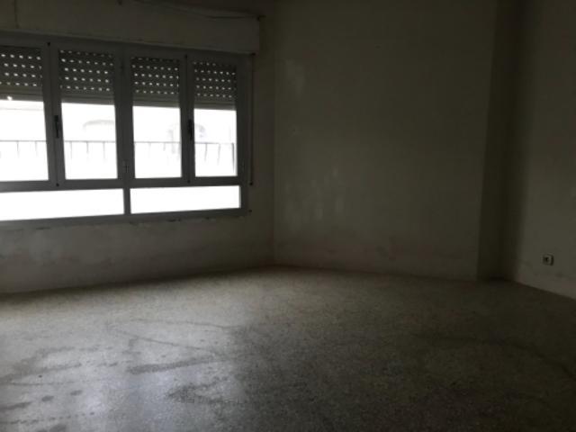 Piso en venta en Andújar, Jaén, Calle Corredera Capuchinos, 48.800 €, 3 habitaciones, 2 baños, 119 m2