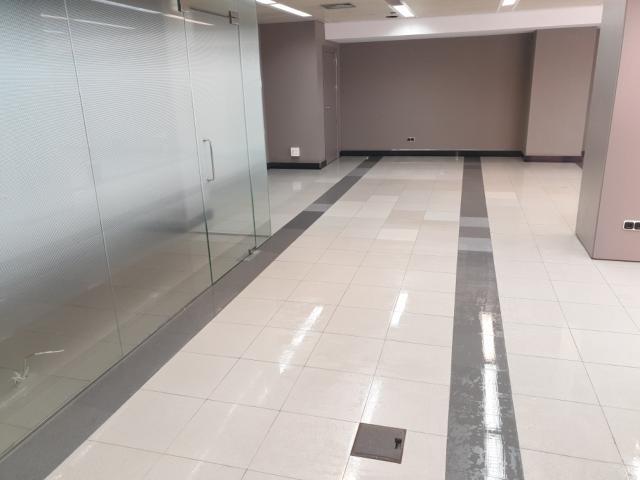 Local en venta en Local en Tarragona, Tarragona, 198.900 €, 93 m2