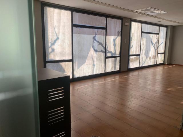 Local en venta en Figueres, Girona, Calle Avinyonet, 115.200 €, 157 m2