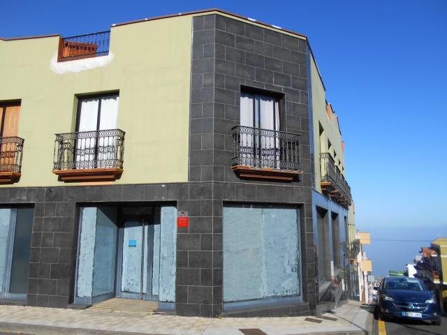 Local en venta en La Orotava, Santa Cruz de Tenerife, Calle Santo Madero Esquina El Obispo, 122.000 €, 198 m2