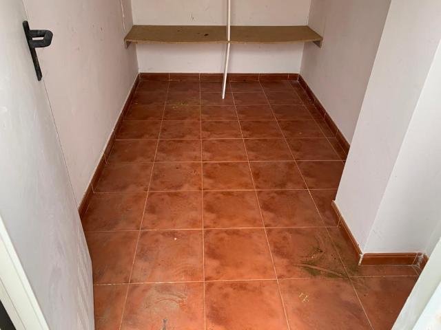 Piso en venta en Piso en Almendralejo, Badajoz, 52.600 €, 2 habitaciones, 1 baño, 102 m2, Garaje