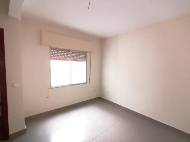 Piso en venta en Piso en Palma del Río, Córdoba, 88.200 €, 4 habitaciones, 2 baños, 125 m2