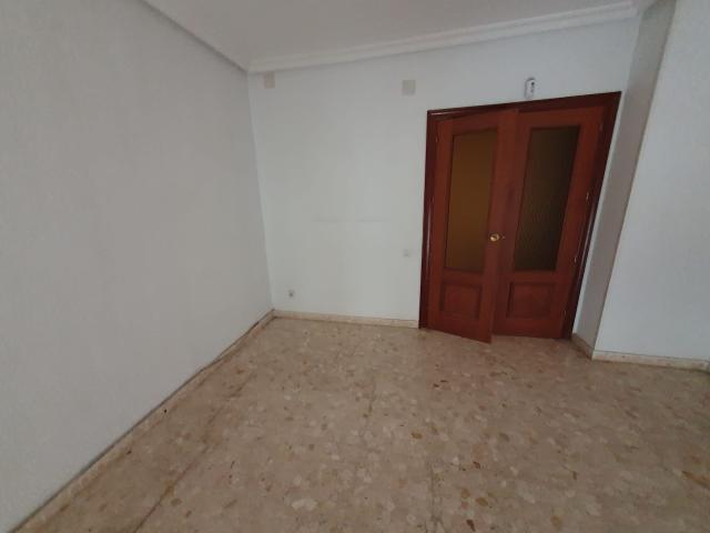 Piso en venta en Piso en Linares, Jaén, 85.500 €, 4 habitaciones, 2 baños, 101 m2