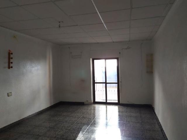 Piso en venta en Piso en Lorca, Murcia, 118.800 €, 5 habitaciones, 2 baños, 213 m2