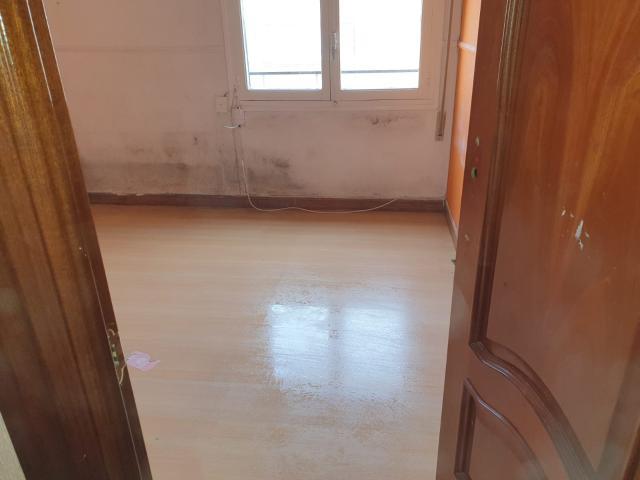 Piso en venta en Piso en Aranda de Duero, Burgos, 32.200 €, 1 baño, 70 m2
