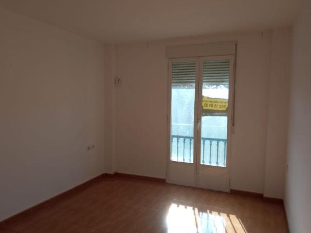 Piso en venta en Piso en Baeza, Jaén, 80.800 €, 3 habitaciones, 1 baño, 99 m2