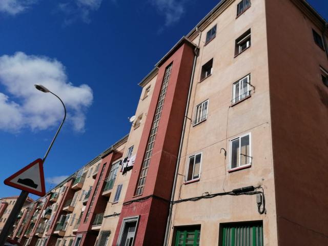 Piso en venta en Segovia, Segovia, Carretera de Villacastin, 43.700 €, 3 habitaciones, 1 baño, 57 m2