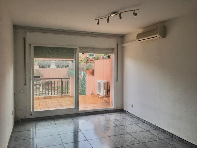 Casa en venta en Palau-solità I Plegamans, Barcelona, Calle Rambla de Sant Isidre, 279.500 €, 4 habitaciones, 2 baños, 143 m2