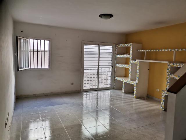 Piso en venta en Sardina, Santa Lucía de Tirajana, Las Palmas, Calle Orilla Baja, 116.000 €, 98 m2