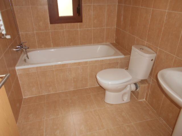 Casa en venta en Casa en Navaluenga, Ávila, 194.800 €, 289 m2