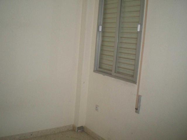 Piso en venta en Piso en Sanlúcar la Mayor, Sevilla, 61.100 €, 3 habitaciones, 1 baño, 99 m2