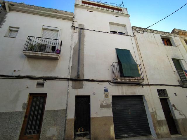 Piso en venta en Torre Garrell, Vilanova I la Geltrú, Barcelona, Calle San Roque, 149.900 €, 1 habitación, 1 baño, 86 m2