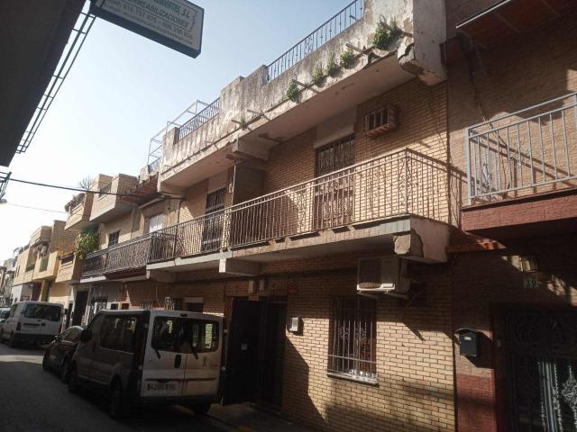 Casa en venta en Sevilla, Sevilla, Calle Serenidad, 95.000 €, 4 habitaciones, 2 baños, 154 m2