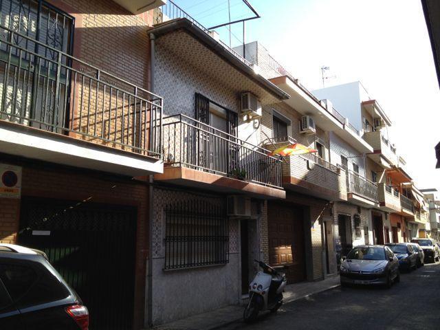 Casa en venta en Sevilla, Sevilla, Calle Franqueza, 92.000 €, 2 habitaciones, 1 baño, 144 m2