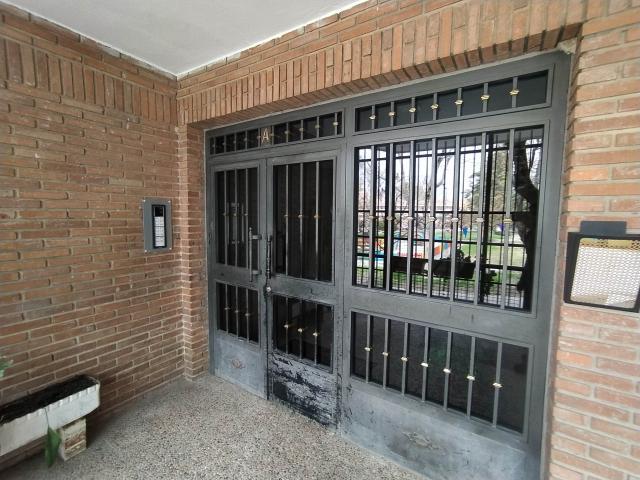 Piso en venta en Ciempozuelos, Madrid, Paseo de la Estacion, 133.000 €, 3 habitaciones, 2 baños, 117 m2