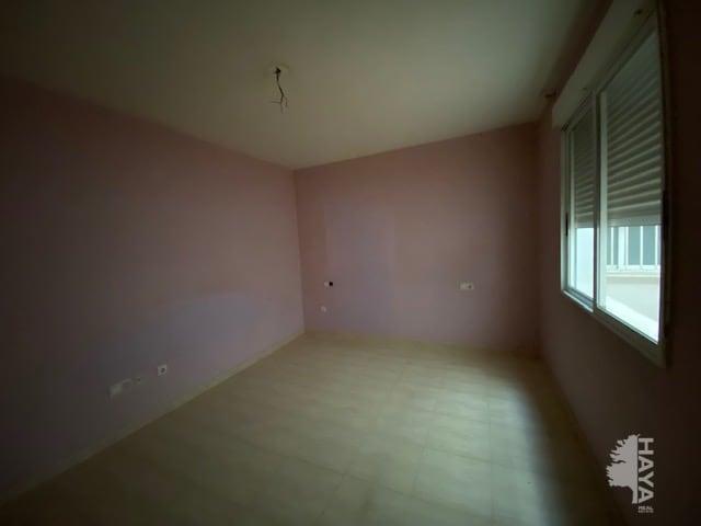 Piso en venta en Burriana, Castellón, Avenida Valencia, 78.600 €, 3 habitaciones, 2 baños, 116 m2