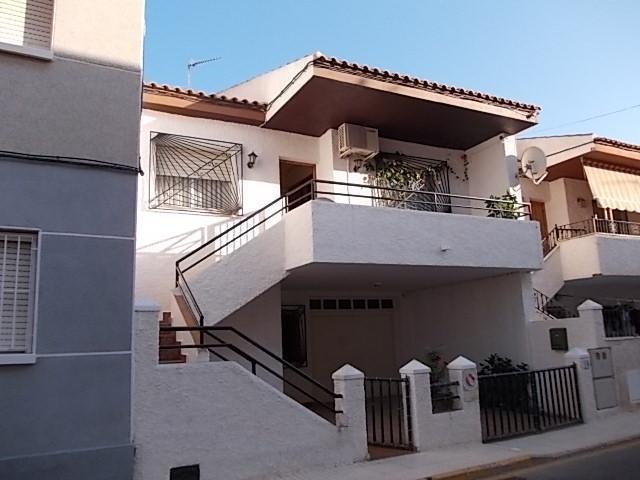Piso en venta en Pilar de la Horadada, Alicante, Calle Alfonso X El Sabio, 249.000 €, 3 habitaciones, 1 baño, 205 m2