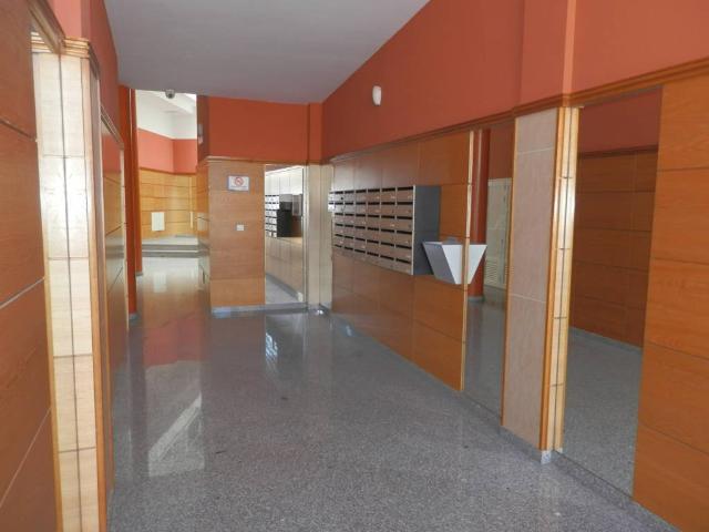 Piso en venta en Piso en Arrecife, Las Palmas, 145.000 €, 141 m2