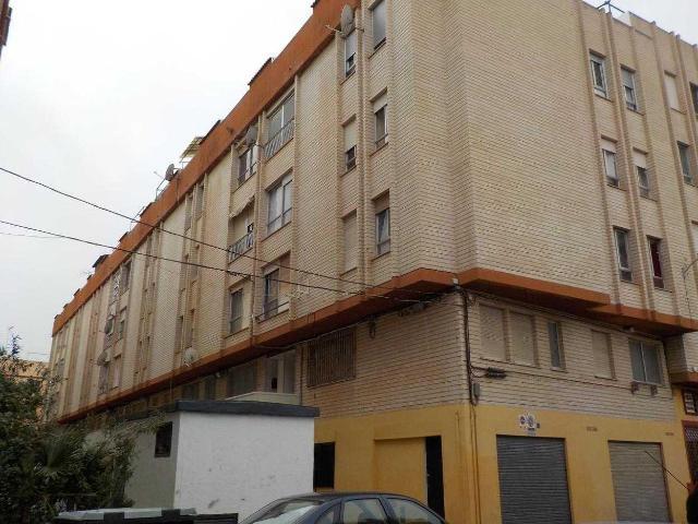 Piso en venta en Virgen de Gracia, Vila-real, Castellón, Pasaje Forcall, 33.000 €, 4 habitaciones, 1 baño, 105 m2