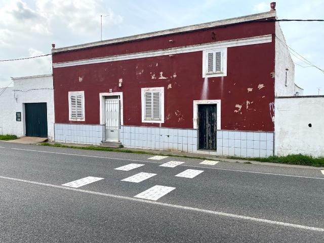 Casa en venta en Ciutadella de Menorca, Baleares, Calle Tres Alquerias, 269.000 €, 3 habitaciones, 2 baños, 177 m2