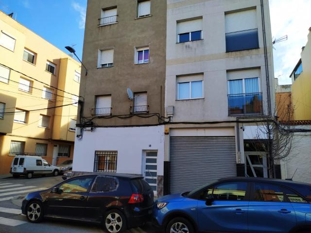 Piso en venta en Ca N`ustrell, Sabadell, Barcelona, Calle Vallespir, 185.000 €, 2 habitaciones, 1 baño, 135 m2