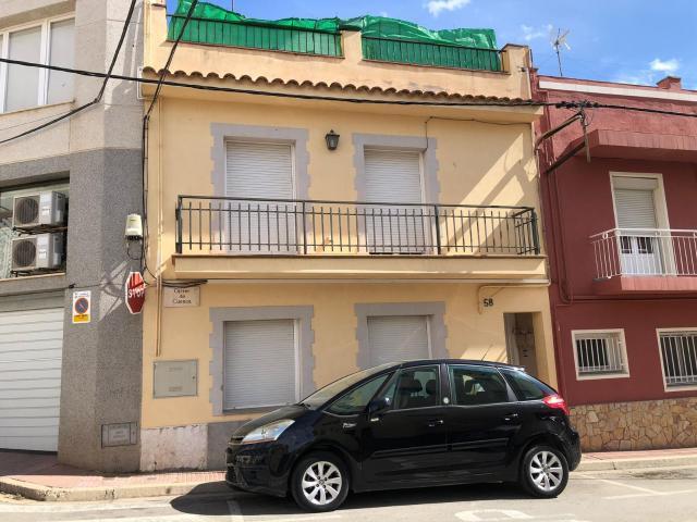 Piso en venta en Sant Feliu de Guíxols, Girona, Calle Cuenca, 115.000 €, 3 habitaciones, 1 baño, 95 m2