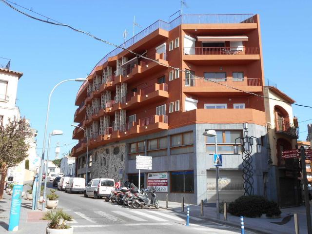 Piso en venta en Xalet Sant Jordi, Palafrugell, Girona, Calle Torres Jonama, 91.600 €, 3 habitaciones, 1 baño, 80 m2