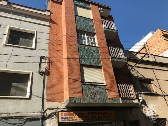 Piso en venta en Sant Ildefons, Cornellà de Llobregat, Barcelona, Calle Torras I Bages, 117.400 €, 3 habitaciones, 1 baño, 43 m2