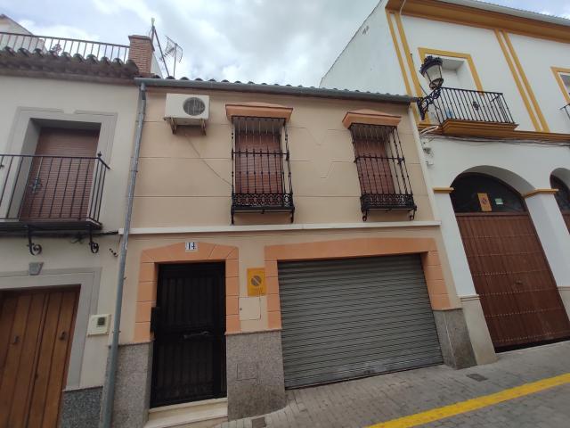 Casa en venta en La Rambla, la Rambla, Córdoba, Calle El Palo, 104.600 €, 3 habitaciones, 242 m2