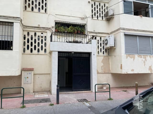 Piso en venta en Palma-palmilla, Málaga, Málaga, Calle Guadalbullon, 50.300 €, 3 habitaciones, 1 baño, 84 m2