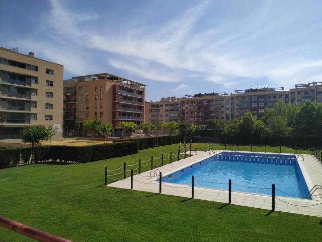 Piso en venta en Miralbueno, Zaragoza, Zaragoza, Calle Ibon de Astun, 249.800 €, 3 habitaciones, 2 baños, 136 m2