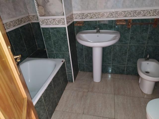 Piso en venta en Piso en Garrucha, Almería, 69.500 €, 87 m2