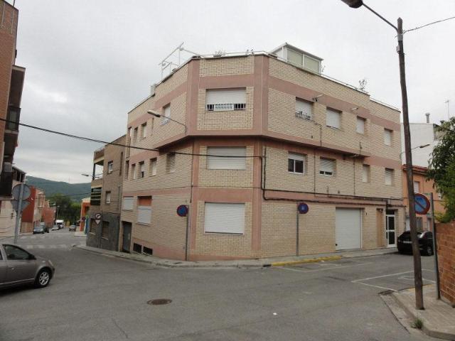 Piso en venta en Hostal del Porc, Vilanova del Camí, Barcelona, Avenida Andalucía, 79.500 €, 2 habitaciones, 1 baño, 99 m2