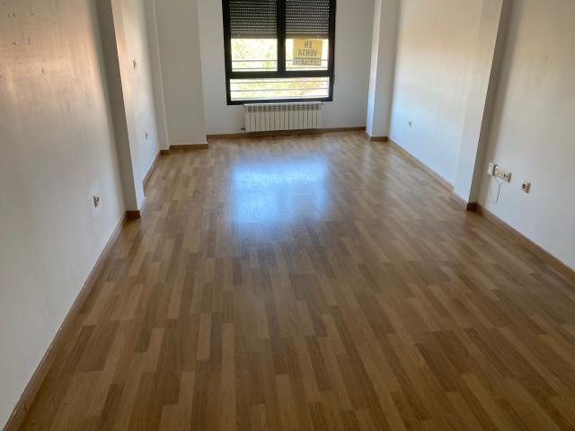 Piso en venta en La Roda, la Roda, Albacete, Calle Zorrilla, 52.300 €, 97 m2