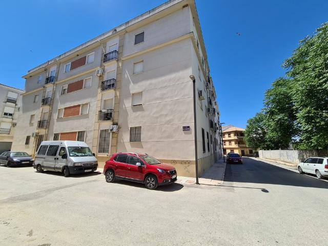 Piso en venta en Baeza, Jaén, Calle del Aladrero, 62.000 €, 2 habitaciones, 63 m2