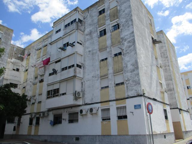 Piso en venta en Los Albarizones, Jerez de la Frontera, Cádiz, Plaza Triangulo, 26.300 €, 3 habitaciones, 1 baño, 69 m2