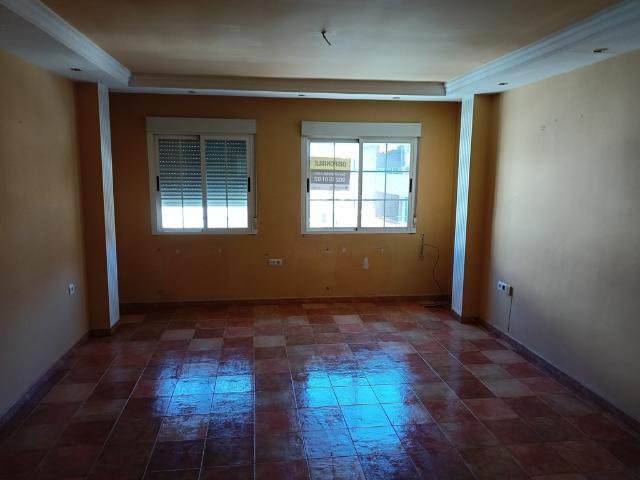 Piso en venta en Puebla de Argeme, Coria, Cáceres, Calle Morcillo, 65.400 €, 3 habitaciones, 1 baño, 110 m2