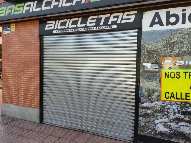 Local en venta en Local en Alcalá de Henares, Madrid, 75.000 €, 63 m2