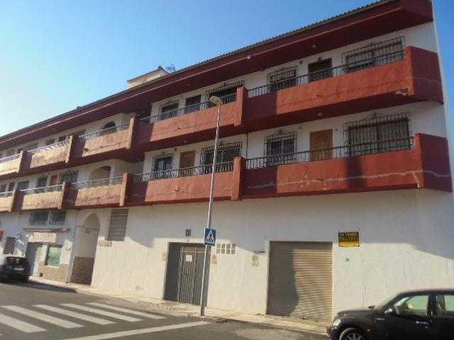 Piso en venta en Aguadulce, Roquetas de Mar, Almería, Calle Jardin (an), 64.000 €, 2 habitaciones, 1 baño, 71 m2